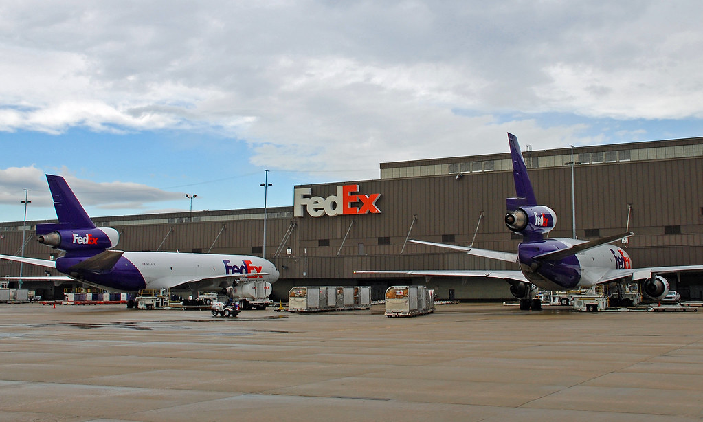 Roissy Charles De Gaulle Cedex Fr Fedex World Hub | Two Dc-10s Parked Outside The Fedex
