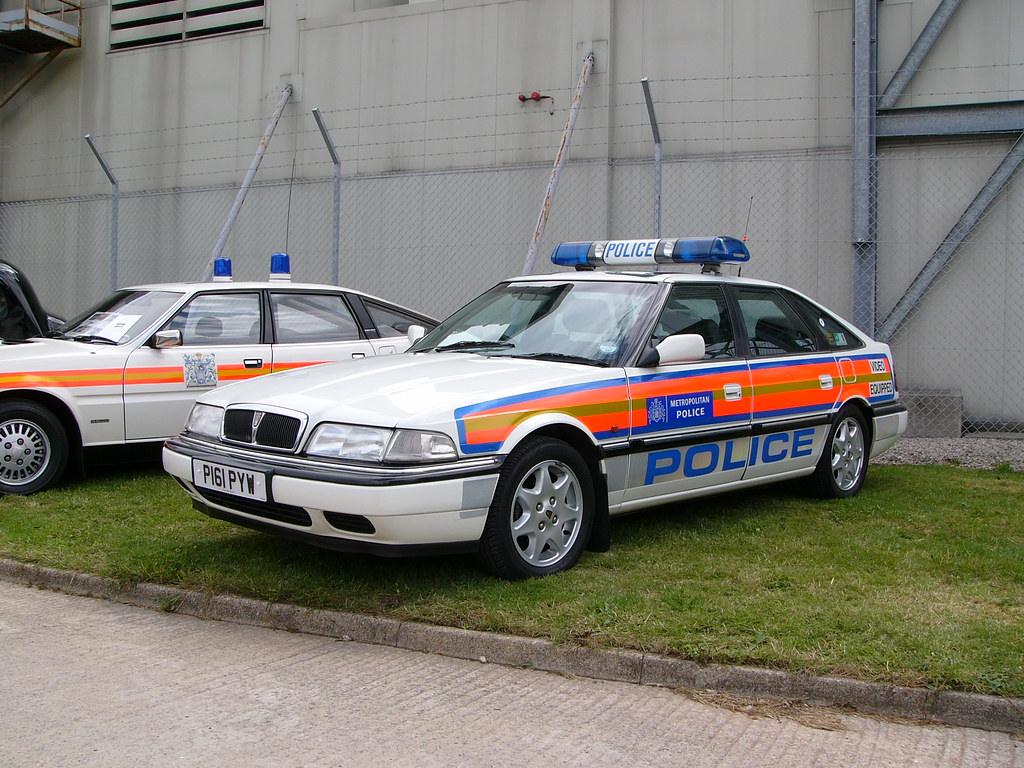 Cop Car Wallpaper Rover 800 Police Car Maintained By The Metropolitan