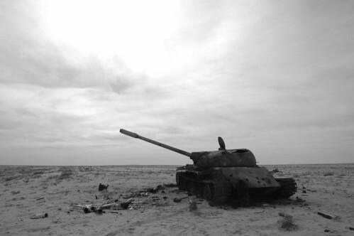 Black Wallpaper Border War Ain T Black And White In The Desert In Iraq Near