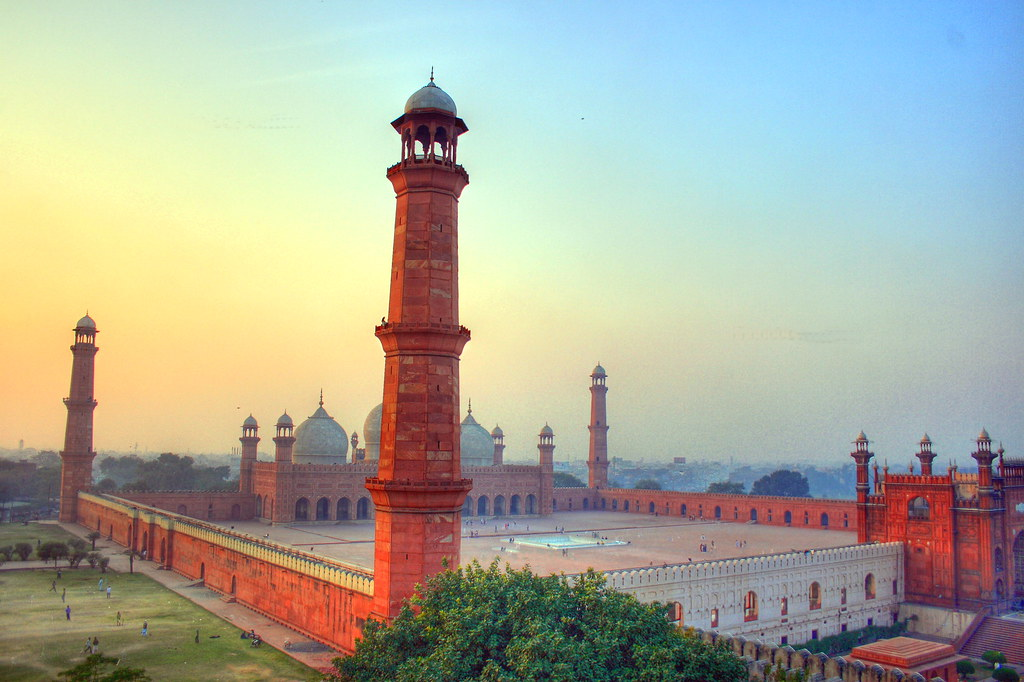 3d Wallpaper In Pakistan Badshahi Masjid Another Hdr The Royal Mosque The Royal
