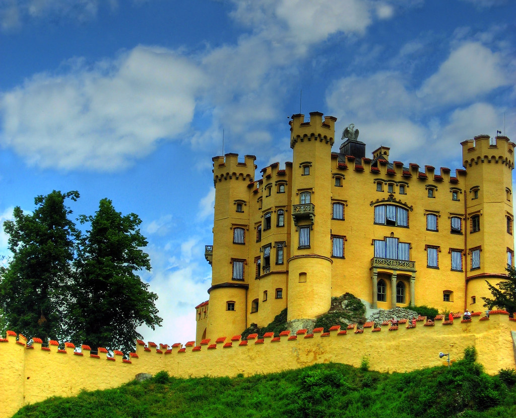 Nike Wallpaper 3d Hohenschwangau Castle Bavaria The Castle At Swan Lake