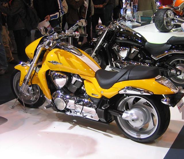Free 3d Spring Wallpaper Suzuki Intruder M1800r Cruiser Bike The Boulevard Is A