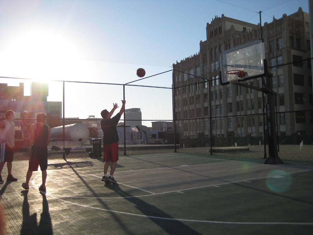 Top 3d Wallpaper Hd Basketball On The Santee Court Rooftops Playing