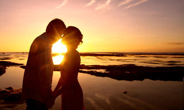 Very Cute Couple Wallpaper Romantic Sunset They Came From Hong Kong An Make