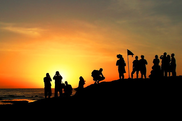 Beautiful Quotes For Friends With Wallpaper People Watching Sunset The Place Near Tanah Lot Temple