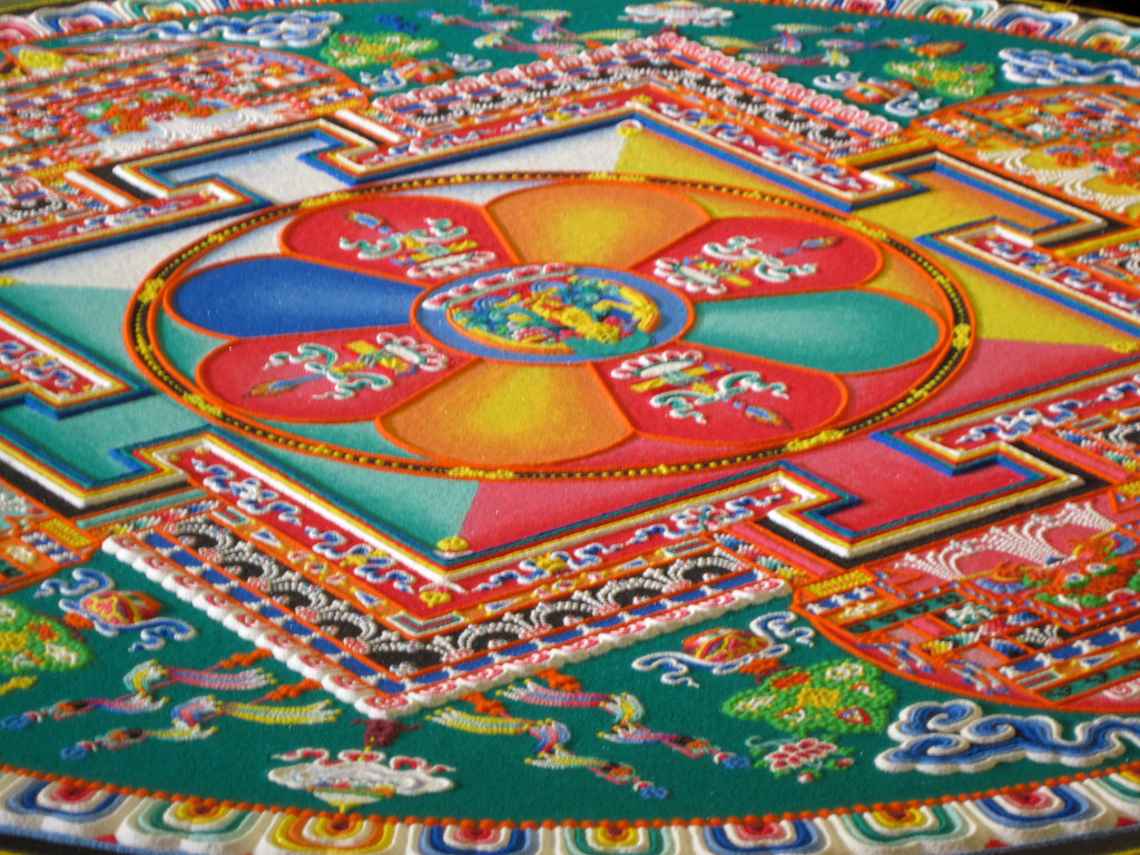 How To Get 3d Wallpaper Iphone Mandala Sand Art Close Up Buddhist Monks Came To