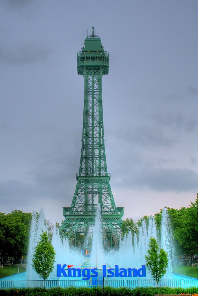3d Fountain Wallpaper Eiffel Tower At Kings Island The Centerpiece Of Kings