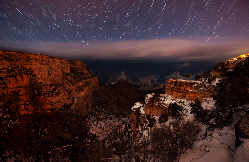 Dark 3d Wallpaper Star Trails Above The Grand Canyon Thegoldensieve Com