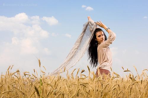 Wallpaper Girl Happy Attractive Girl Standing In Wheat Field Attractive Girl