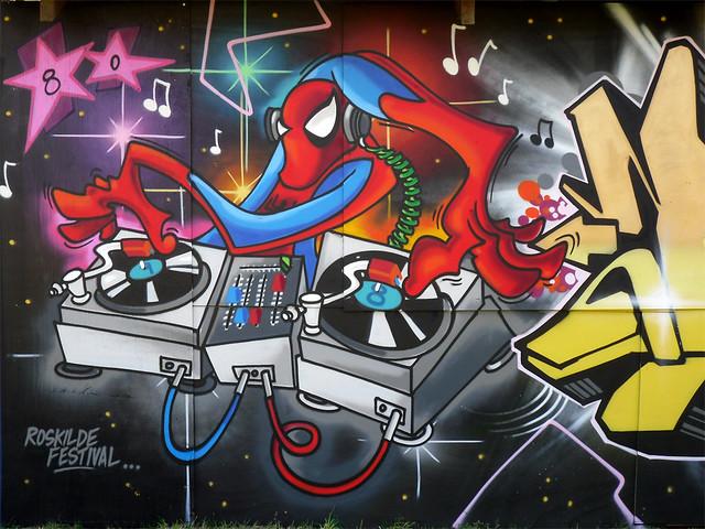 Wallpaper Gambar Grafiti 3d Dj Spider Spider Man As A Dj In Graffiti Style Ola