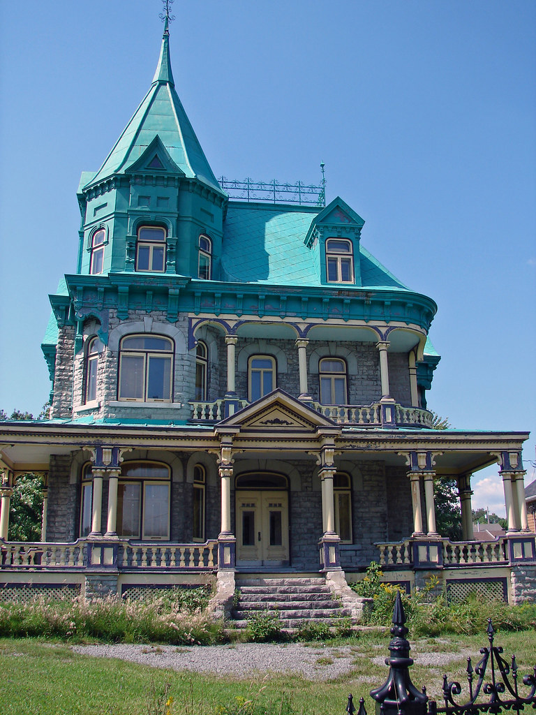 Fullsize Of Addams Family House