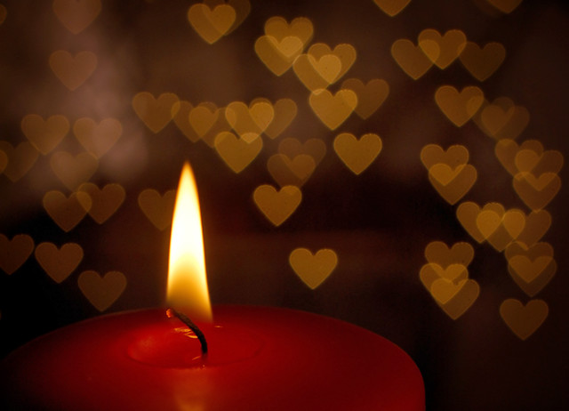 Candle Wallpaper Hd Heart Lights Heart Shaped Bokeh Created By Holding A