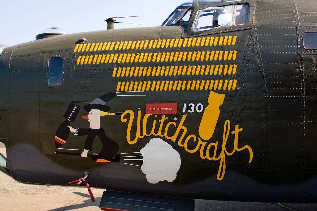Ww2 Pin Up Girl Wallpaper Cd305 B 24 Witchcraft Nose Art B 24 Quot Witchcraft Quot On