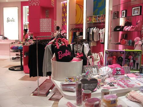 Cute Girl Wallpaper Com The Barbie Store At Venus Fort Tokyo Musebreakz Flickr
