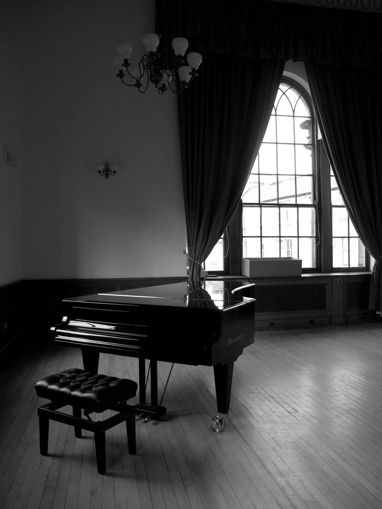 3d Beautiful Girl Wallpaper Hd Grand Piano Grand Piano Ballroom Council Chambers
