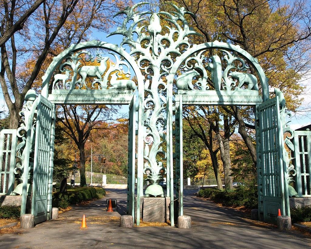Create Animated Wallpaper Fordham Road Gate Bronx Zoo New York Jag9889 Flickr