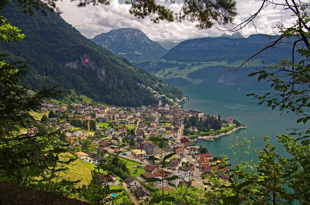 Free 3d Scenic Wallpaper Views Of Gersau Lake Lucerne Switzerland Jason Flickr