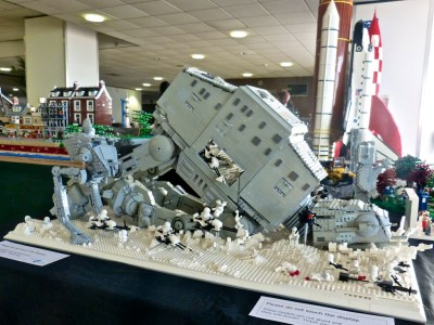 Abandoned AT AT | A superb all-Lego diorama at Modelworld | Les Chatfield | Flickr