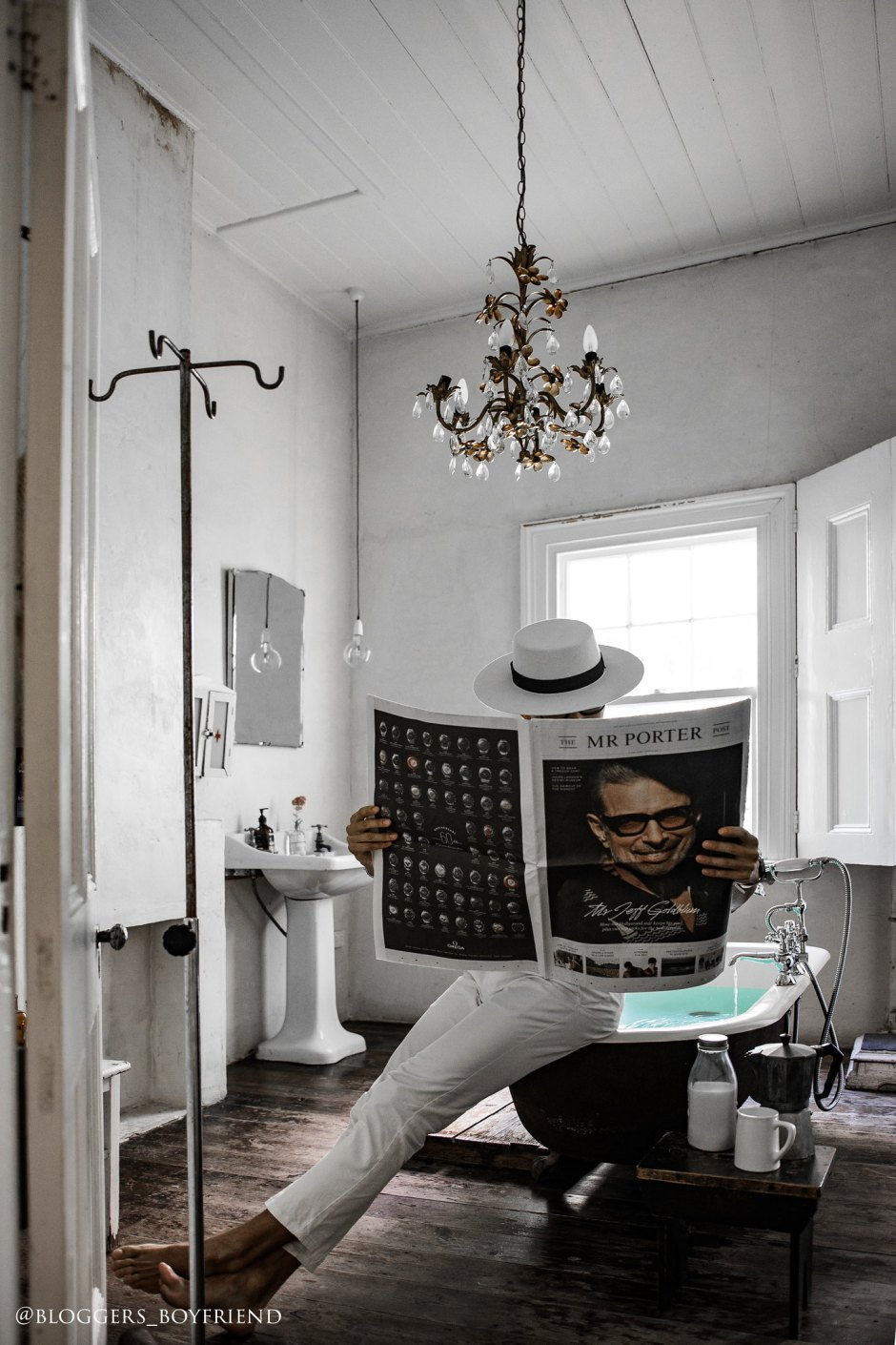 bathroom_whiteroom_newspaper DSC_1841 副本
