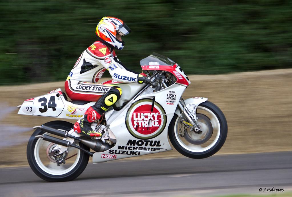 3d Yamaha Motorcycle Wallpaper Kevin Schwantz Pulling A Wheelie On The Lucky Strike Suzuk