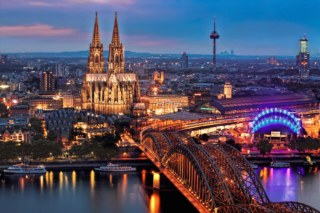 Bilder Von Berlin Bank Of The Rhine With Cologne Cathedral | Cologne