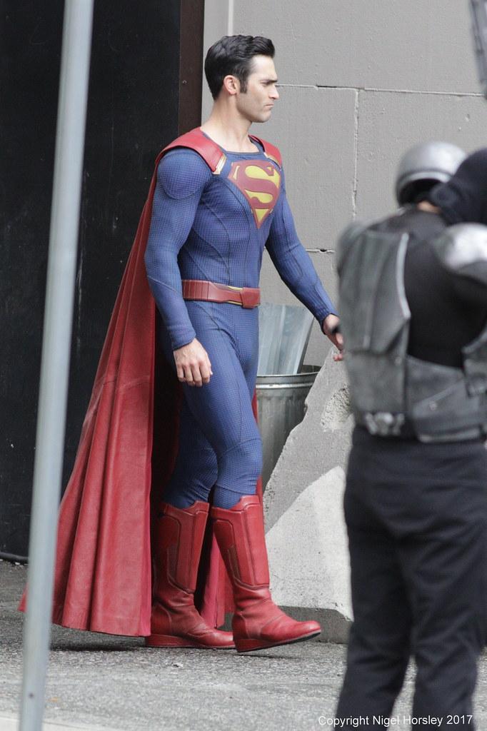 D Tyler Hoechlin Superman In Supergirl Vancouver April 25