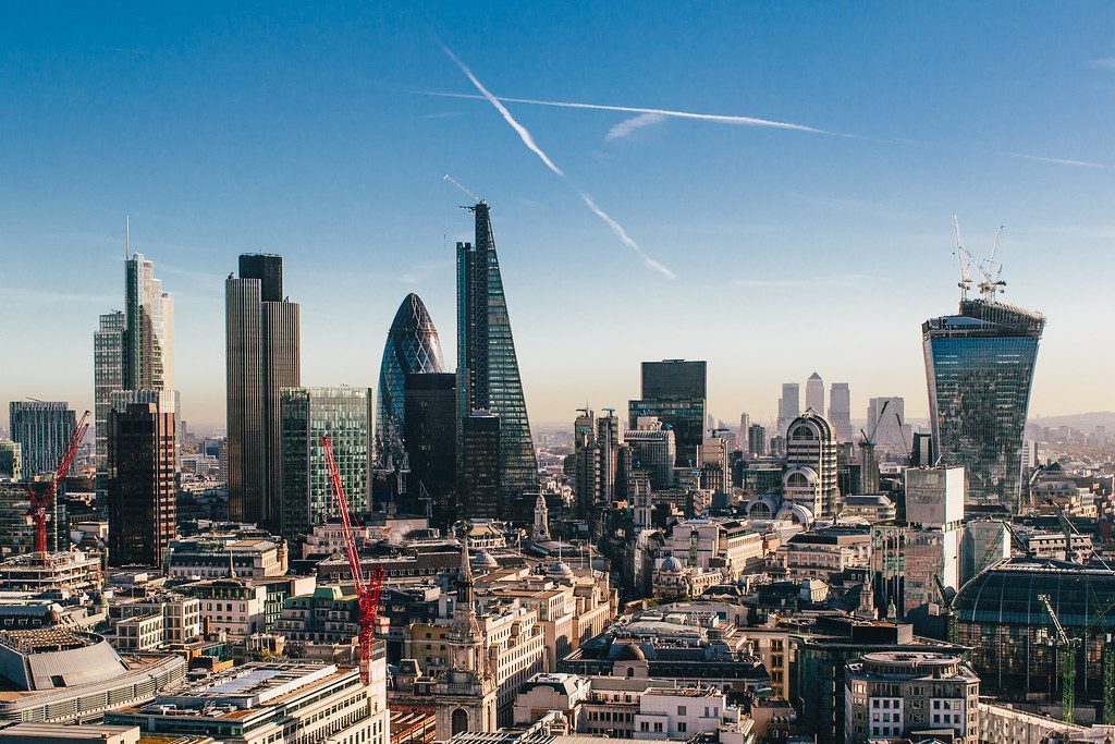 3d Game Wallpaper For Mobile London Skyline London On A Sunny October Morning On