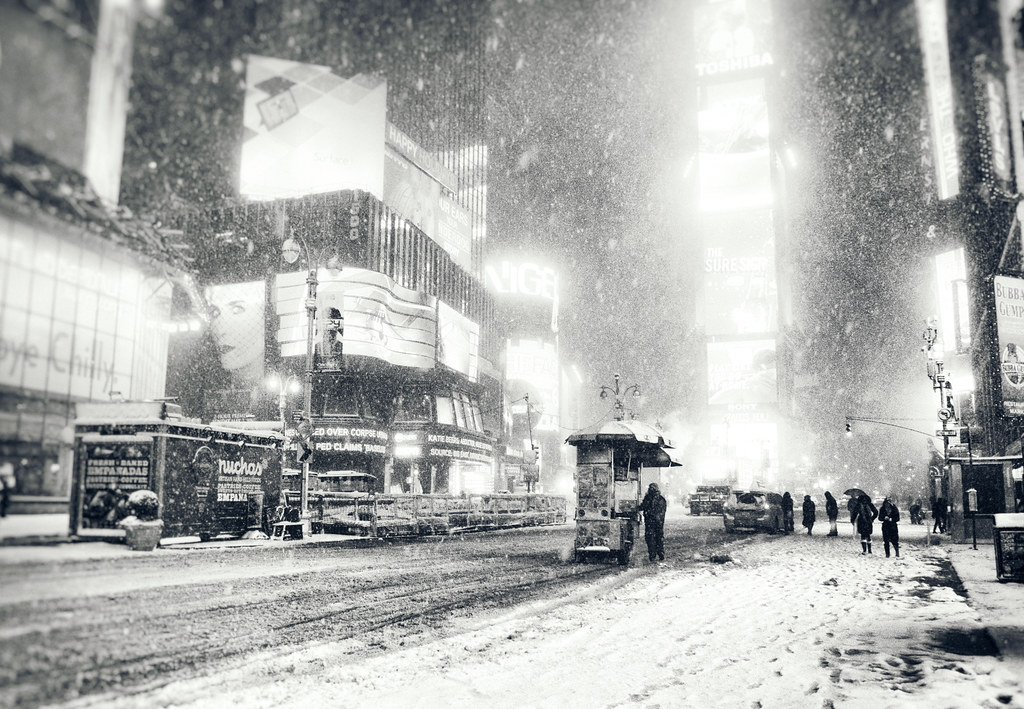 Computer Desktop Hd Wallpapers Fall Nyc New York City Snow Winter Night In Times Square Flickr