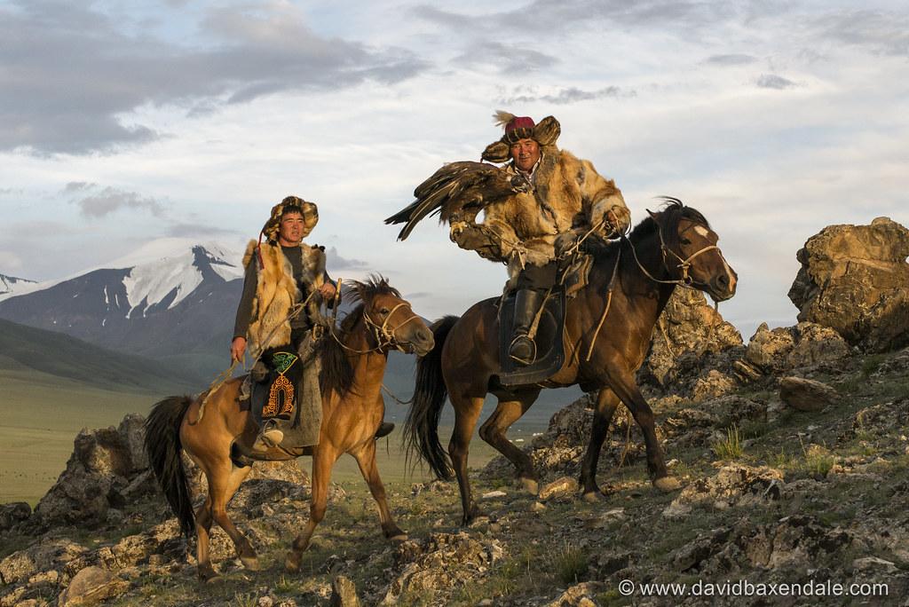 Black White Wallpaper Mongolian Eagle Hunters Silou And Berik Eagle Hunters