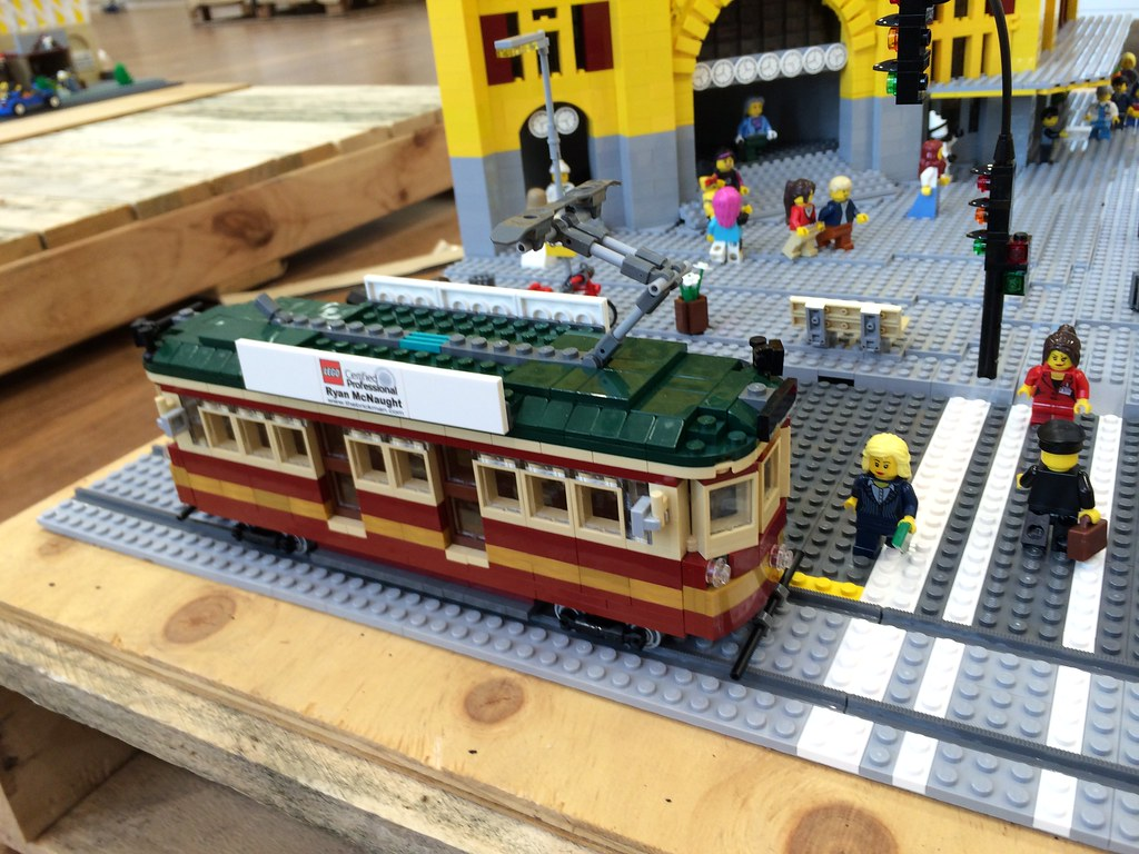 Toy Melbourne Lego Citry Circle Tram Lego Flinders St Station As Part