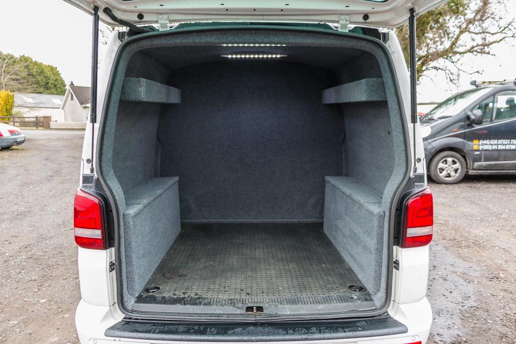 Vw Transporter T5 Carpet Lining Led Lights 2 Vw