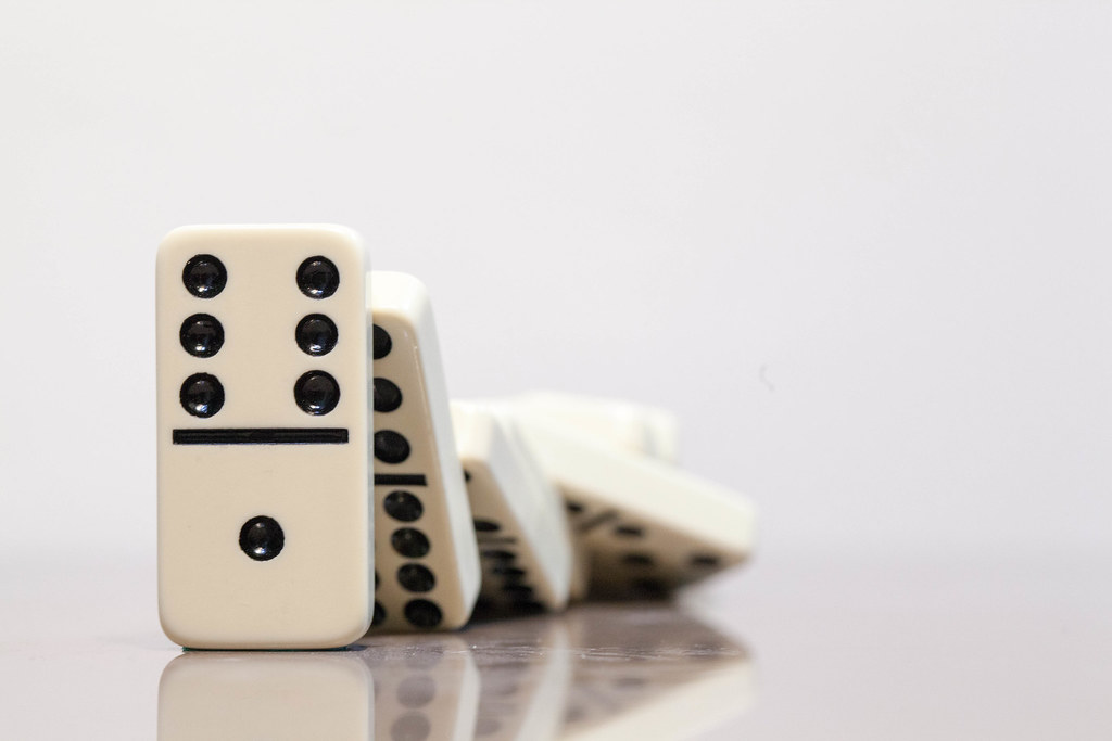 3d Effect Wallpaper For Mobile Domino Domino Effect The Cumulative Effect That Results