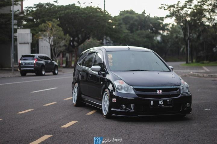 Dhuran Honda Stream JDM-24