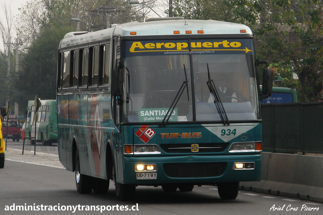 Tur Bus Aeropuerto | Santiago | Busscar El Buss 320 - Mercedes Benz / UD7181 - 934
