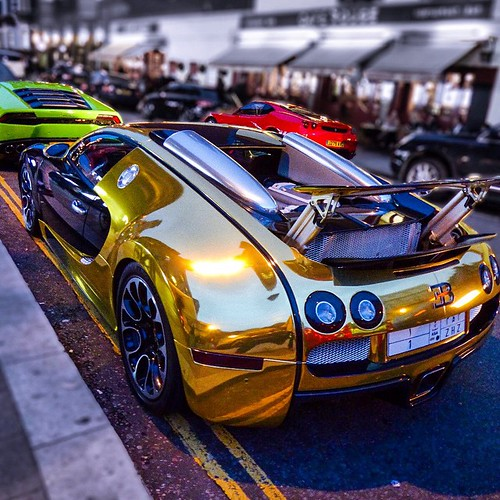 Free 3d Hulk Wallpaper Goldbug Is Back In Town Goldbug Goldbugatti Bugatti L
