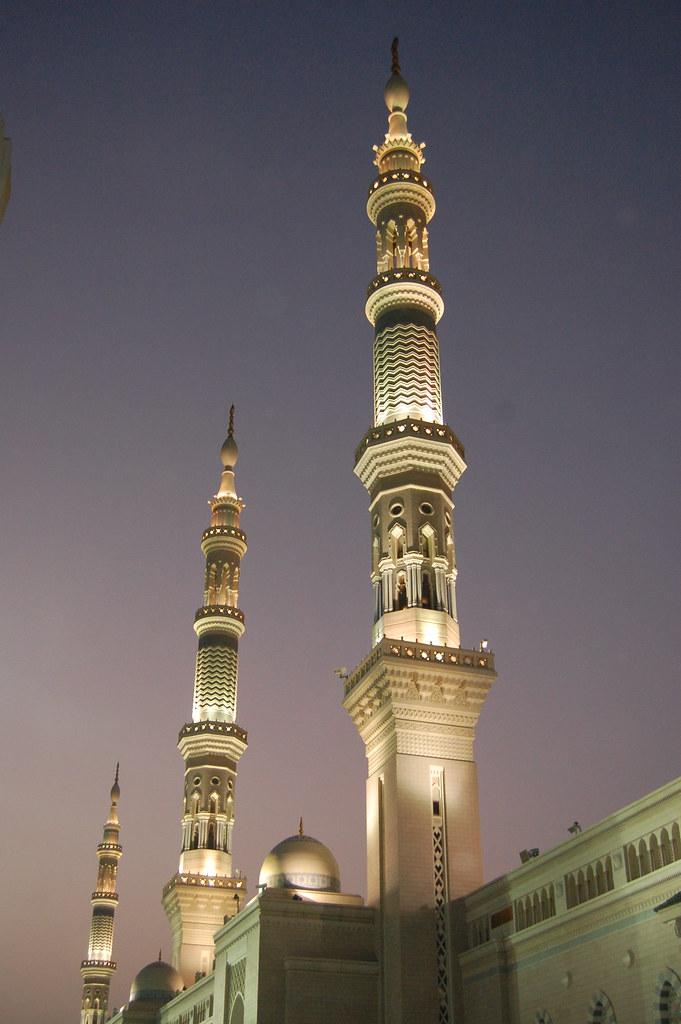 3d Wallpaper Of Madina Minarets At Sunrise At Al Masjid Al Nabawi The Mosque Of