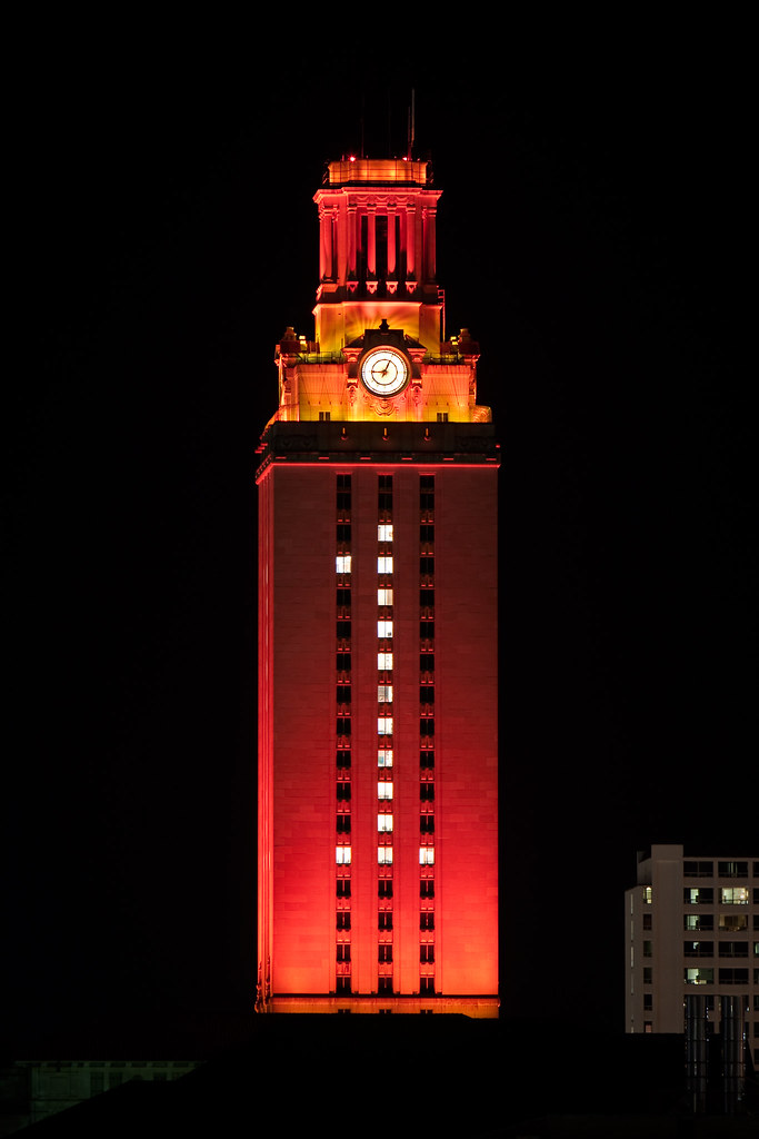 3d Orange Wallpaper Ut Tower In Orange The Ut Tower Lit Up In Honor Of The