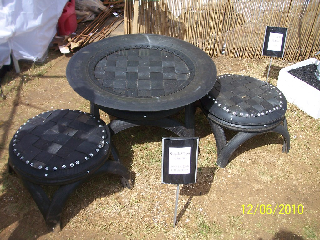 Recuperation Meuble Recycled Tyre Table And Chairs | Leonora (ellie) Enking