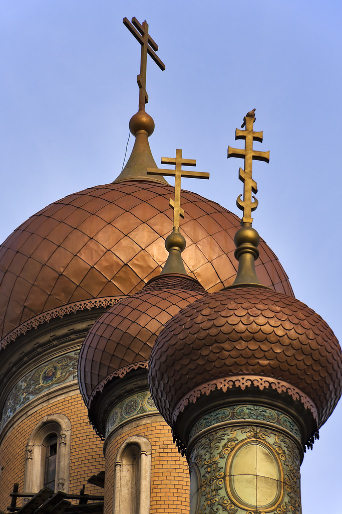 3d Architecture Wallpaper Shiny Onion Domes From A Russian Orthodox Church Three