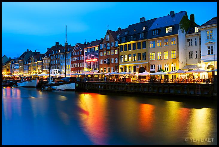 3d Colourful Wallpaper Copenhagen Nyhavn Harbour Rainy Night Nyhavn Harbour