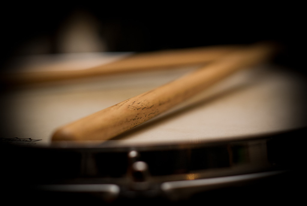 Still Life 3d Wallpaper Drumsticks On Snare Drum Was Round At A Mates House