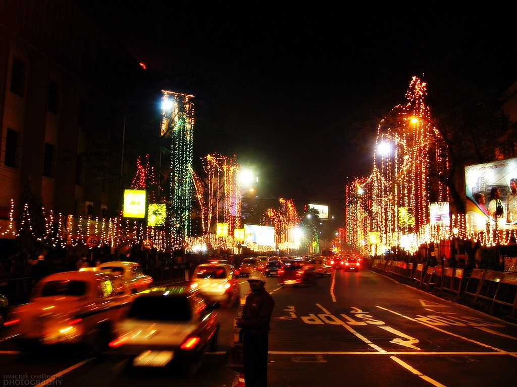 Beautiful 3d Wallpaper For Mobile Park Street Christmas The Most Famous Street Of Calcutta