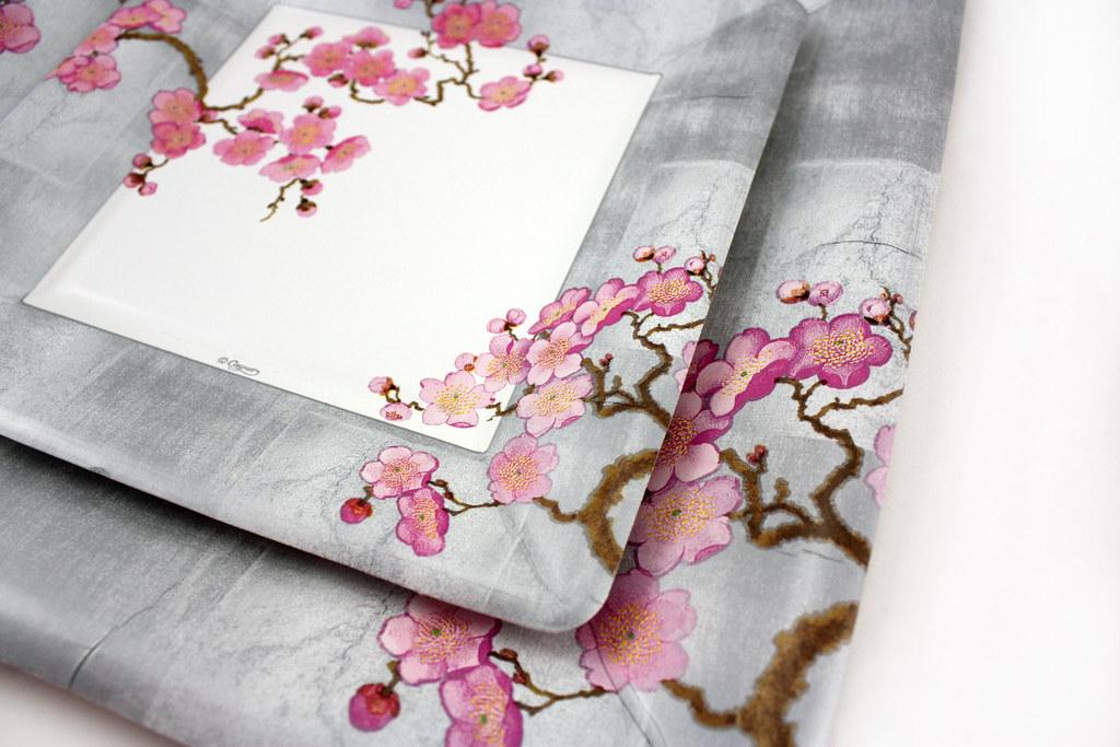 Plum Blossom Designer Paper Plates And Napkins Plum