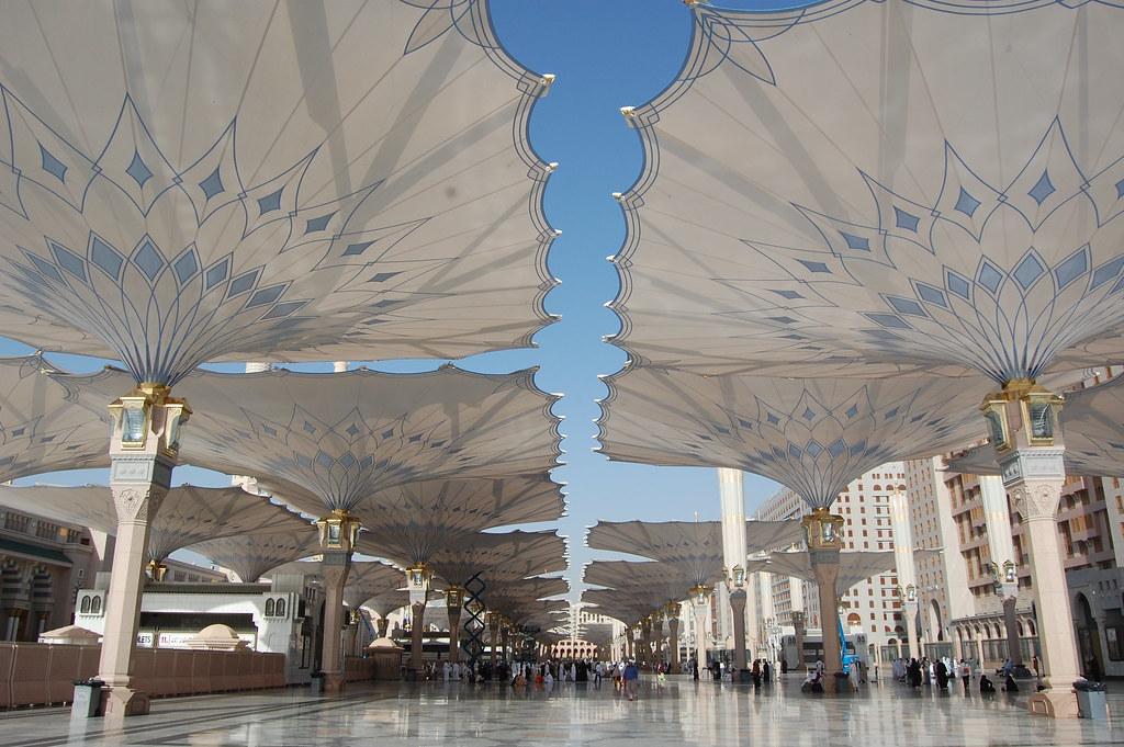 3d Wallpaper Of Madina Looking Westward At The Umbrellas Of Al Masjid Al Nabawi