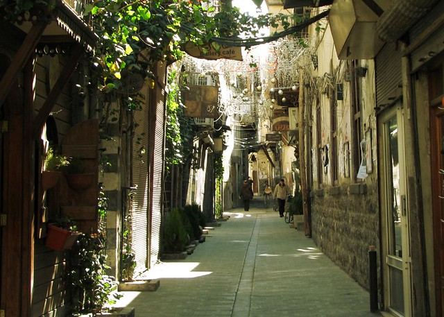 Free Hd 3d Wallpaper Sunny In Old Damascus In One Of The Alleys In Old