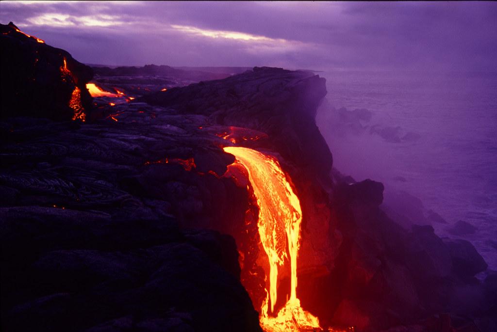Fall Waterfall Wallpaper Wilipea Lava Flows Into Ocean Lava Flowing Into Ocean