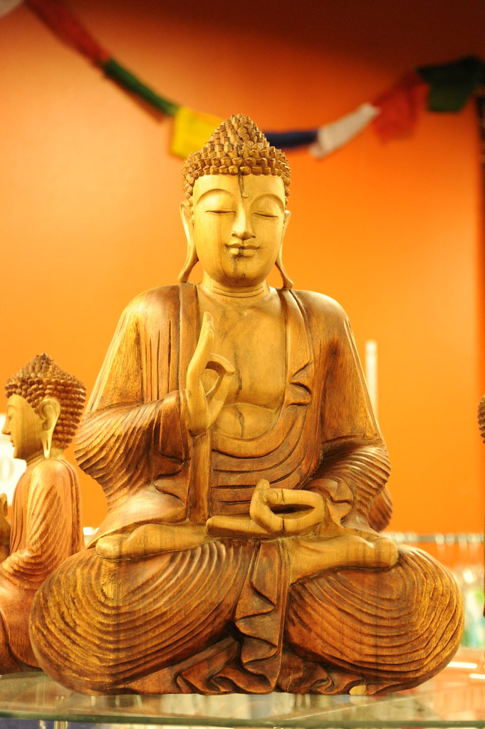3d Wallpaper Carved Buddha Statue In Wood Slight Smile Eyes Closed D