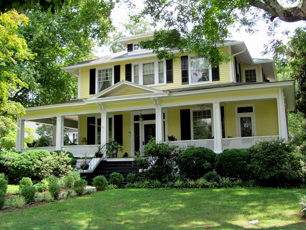 My Yellow Farmhouse Blog Easton Hancock House 1 There Are 7 Photos In This Set