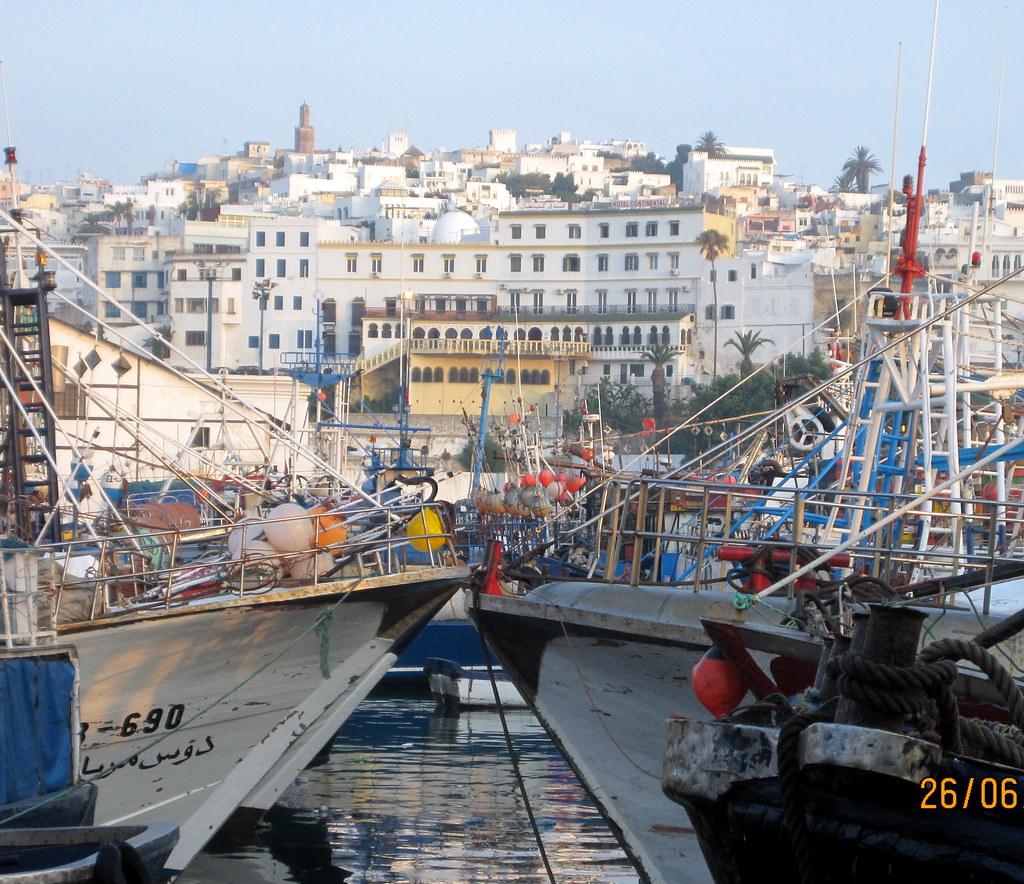 World Map 3d Wallpaper Du Port Tanger Ville Vue Sur Le Continental Un Des