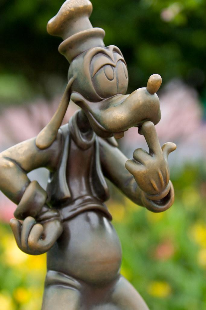 New 3d Wallpaper For Mobile Goofy Statue Walt Disney World In Orlando Florida